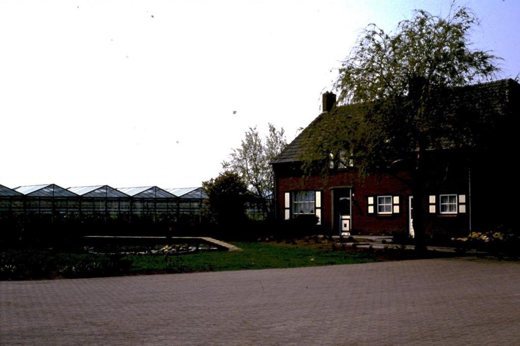 NHE - 02.586 woonhuis Toon Claessen