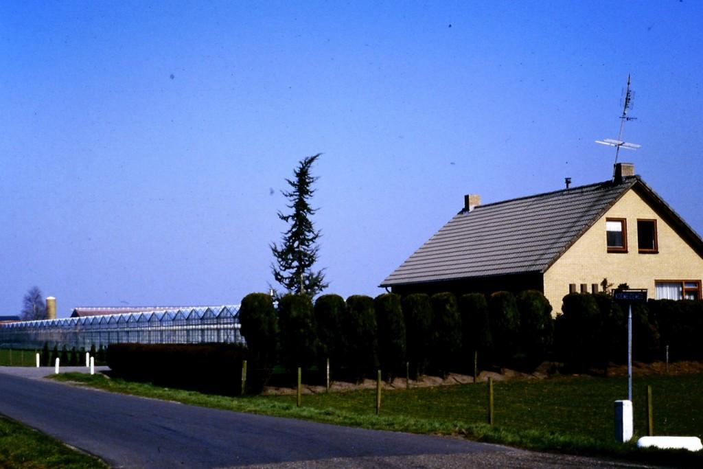 NHE - 02.593  woonhuis Piet Driessen
