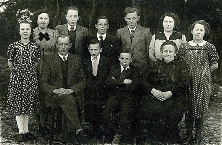 NHE - 00.137 familie van Rijt-Knapen