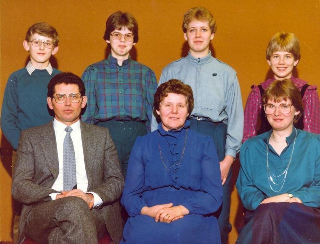 NHE - 00.214 familie Nijnens-Dielissen 1983