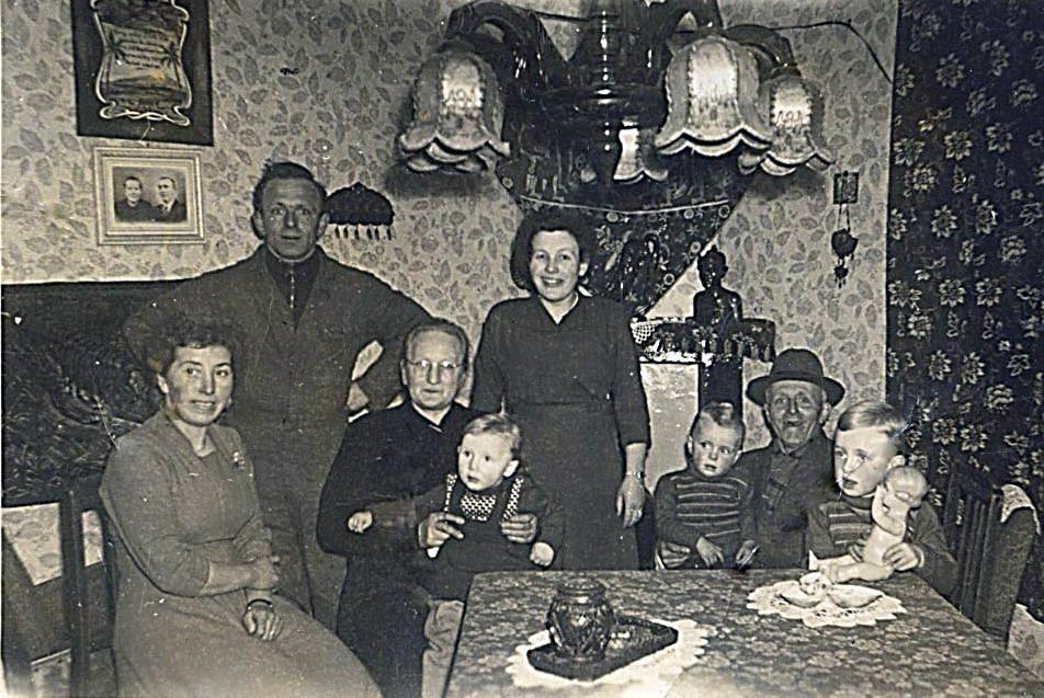 NHE - 00.475 familie Rooijakkers-van de Mortel